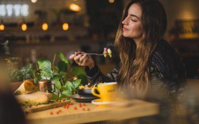 Järkeviä ruokavaihtoehtoja, joilla voit päihittää rajoittavat dieetit.